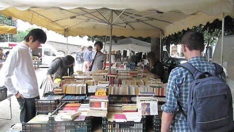 marché aux livres